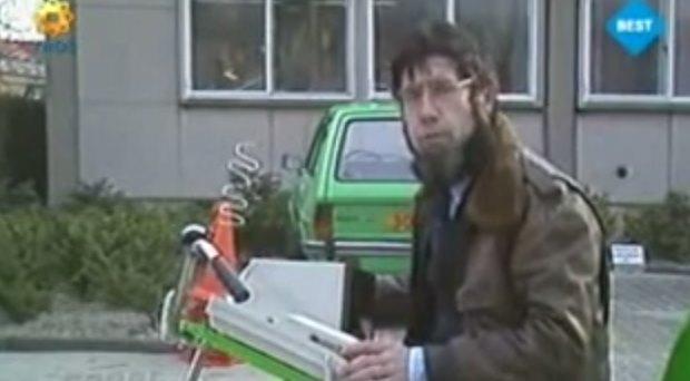 Mobiel bellen op de fiets in de jaren 80 met Chriet Titulaer