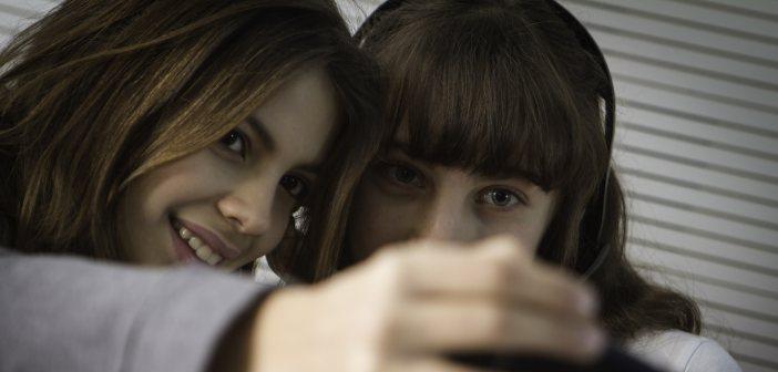 70% van jongeren verslaafd aan mobieltje