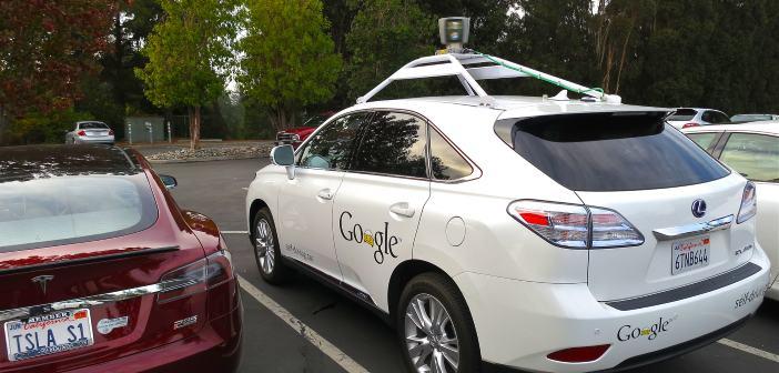 Eerste zelfrijdende auto zal niet van Google zijn