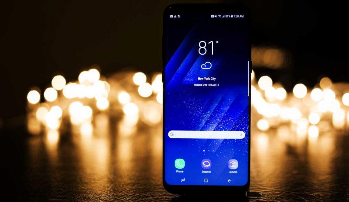 Naadloos design: steeds meer smartphones zijn randloze rakkers!