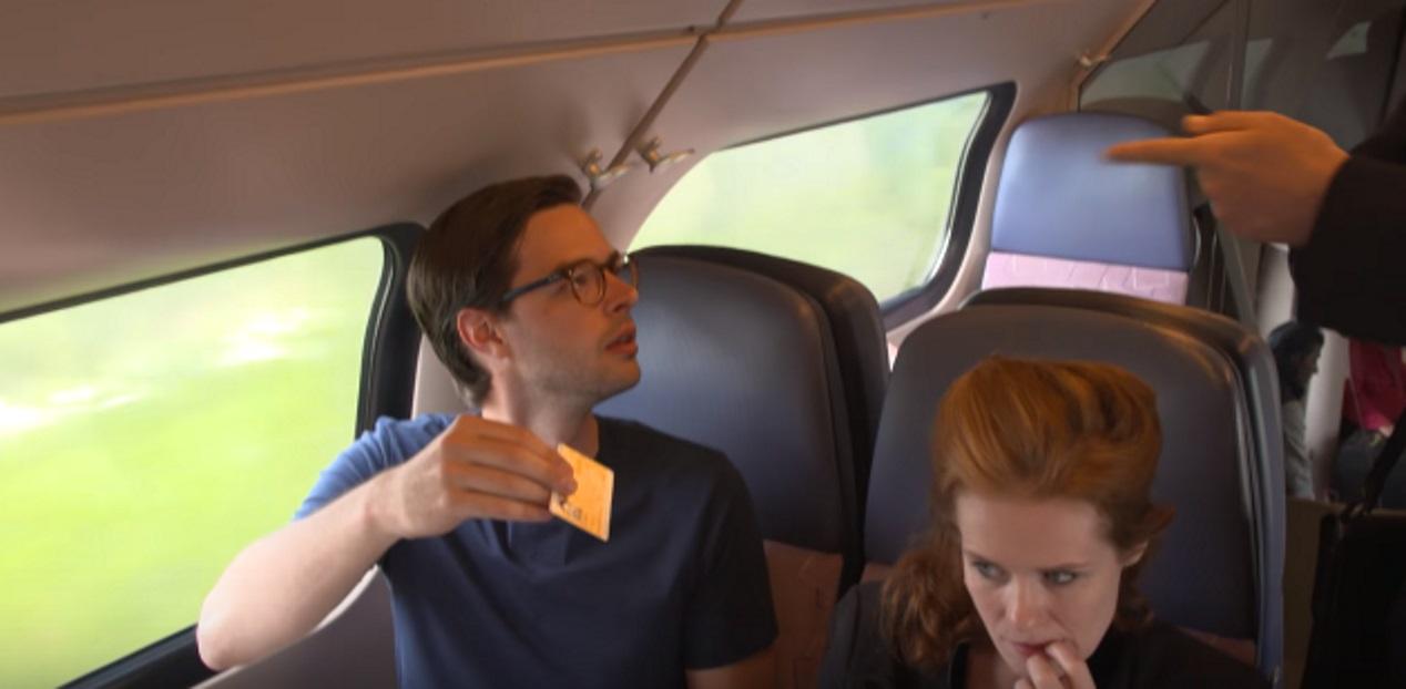 Conducteur ergert zich aan niet bellende reiziger